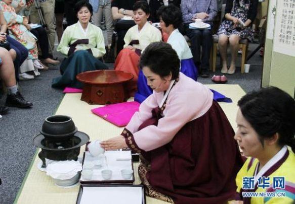 【韓国】中日韓が茶道で競演、日中韓三国協力事務局がソウルでイベント(画像あり)