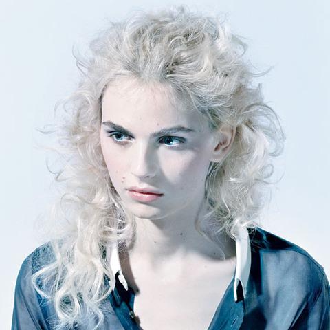 「ヒゲ」「薄毛」「肌荒れ」女性ホルモンが減少して男みたいになった女子の末路wwww