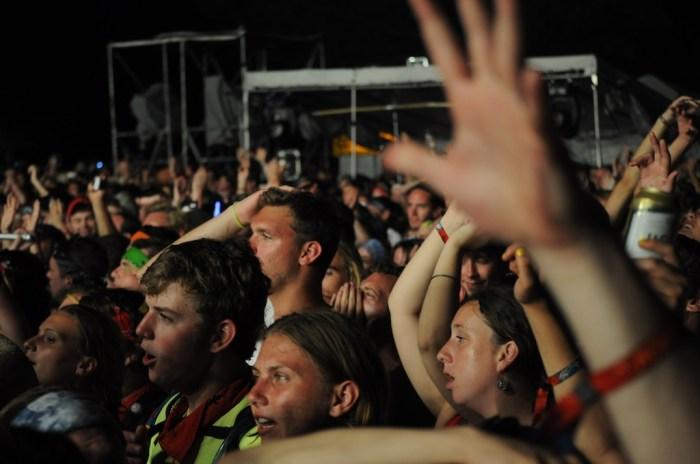 flaming lips crowd @ bonnaroo 2010
