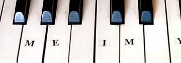 street pianos dot com