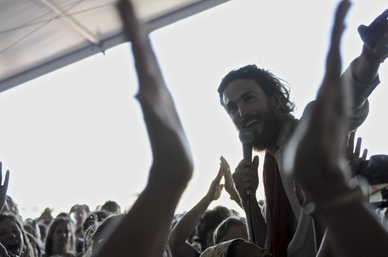 Edward Sharpe & the Magnetic Zeros @ Newport Folk 2010