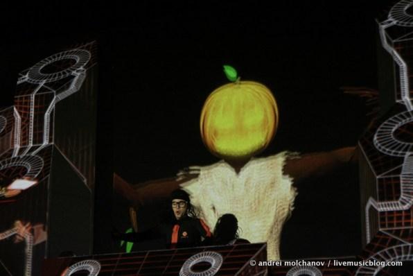 skrillex halloween 2011-4