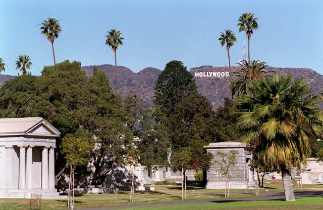 hollywood-cemetery