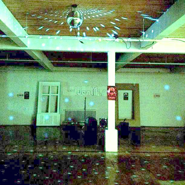 Breakglass Studio, Photo from Arcade Fire Tube