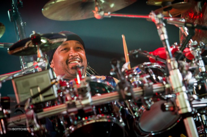 Carter Beauford of Dave Matthews Band at Verizon Wireless Amphit
