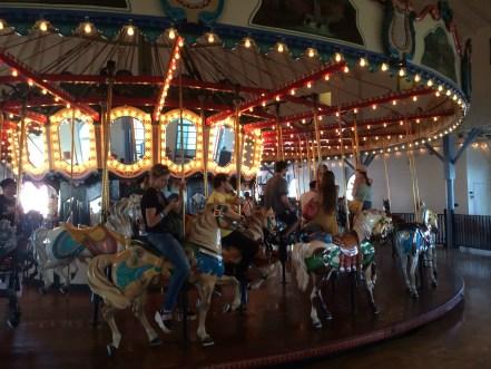carouselGood
