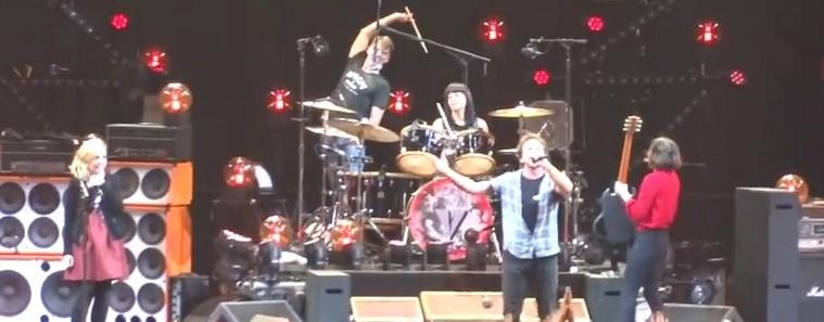 Pearl Jam   Rockin  In The Free World 2013 11 29 Live   Moda Center  Portland  OR   YouTube