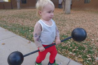 halloween_fall2014_strongman3