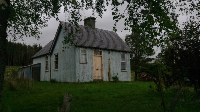 Corrugated iron hut