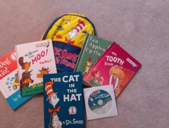 Snag 5 Dr Seuss Books and a FREE gift…all for just $5.95 plus FREE shipping!
