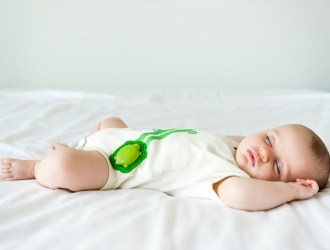 How To Sleep Without Worry With a Newborn in the Home
