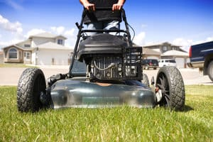 5 things to consider when buying a used lawn mower