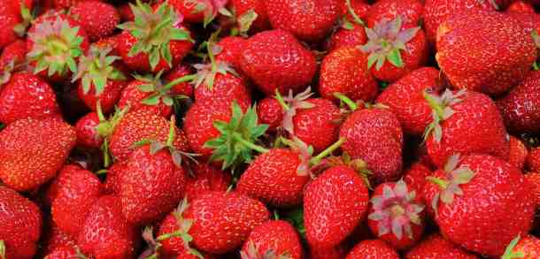fruit-strawberries-horizontal