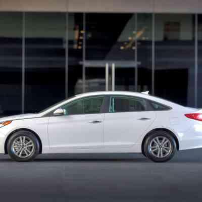 5 best 2015 cars under $25,000