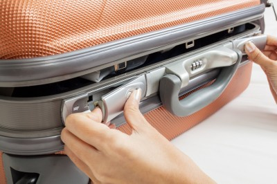 6 ways to save when buying new luggage