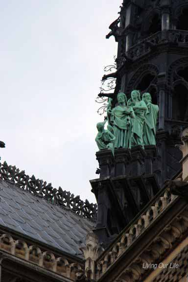 pairs.notre.dame.back