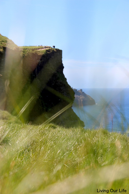 ie.cliffs.thr.grass