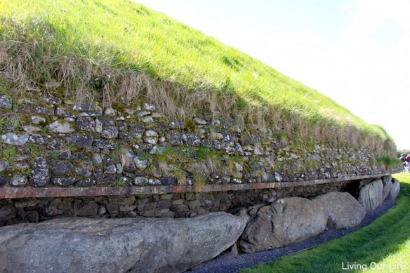 ie.newgrange.side.layers