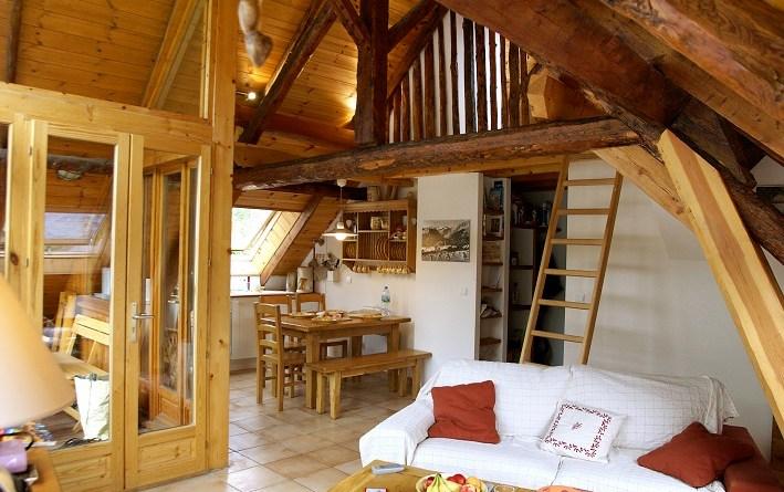 appartement chaleureux en location serre chevalier 1500. Black Bedroom Furniture Sets. Home Design Ideas