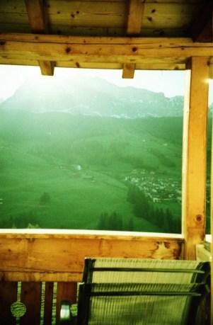 ..mit Blick auf die Dolomiten.