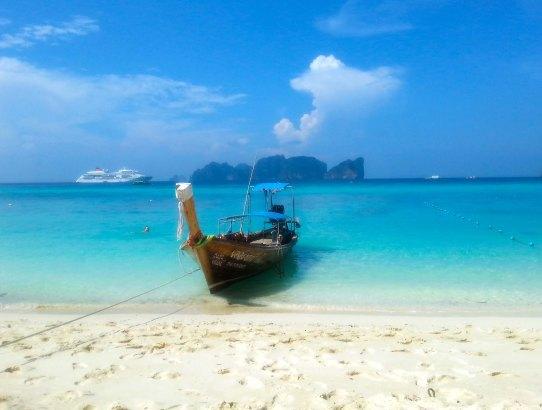 """Traumhafter Longbeach mit Blick auf der """"einsamen"""" Insel Phi Phi Leh - ein wahrer Erlebnisurlaub!"""