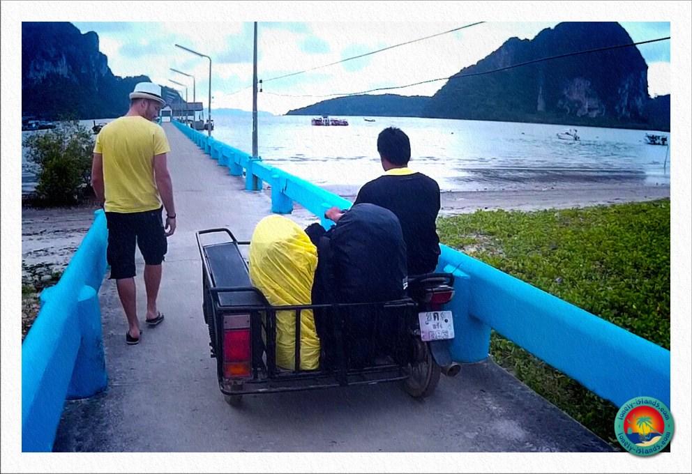 Unser Gepäck am Pakmeng Pier