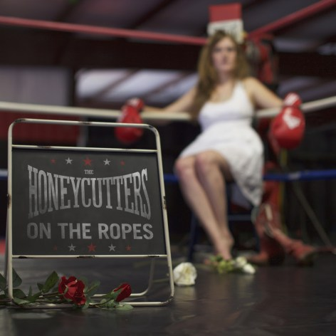the-honeycutters-on the ropes