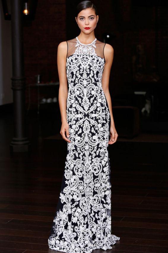 кружевное платье-футляр макси