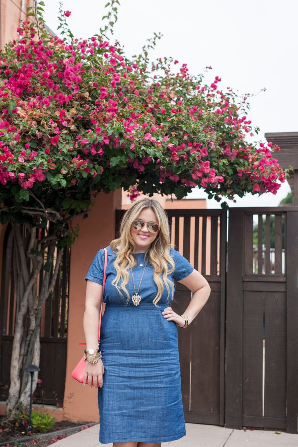 taralynn's boutique, taralynns boutique, ootd, online women's clothing,trendy online women's boutique, dress of the day, denim dress, chambray dress, kate spade, kate spade bag, necklace, jcrew necklace, statement necklace, blush, blush heels, fashion, style, fashion blogger, style blogger