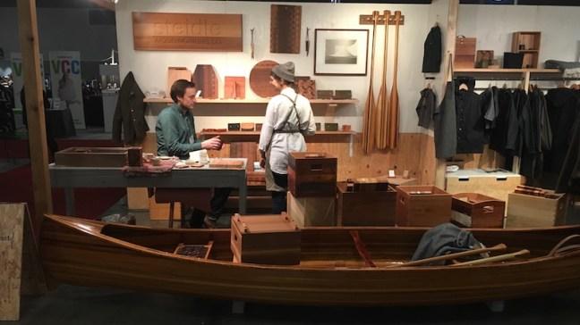 l69-111316-canoe