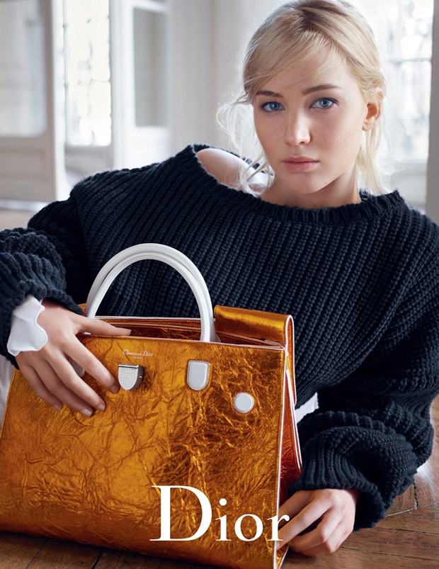 Jennifer-Lawrence-Dior-Handbags-SS16-01-620x803