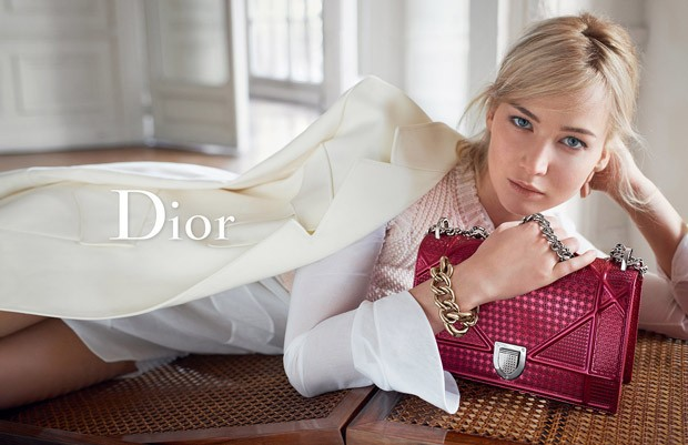 Jennifer-Lawrence-Dior-Handbags-SS16-04-620x401