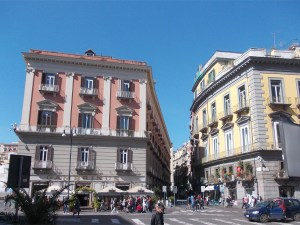 Via Chiaia mit Gran Caffe Gambrinus