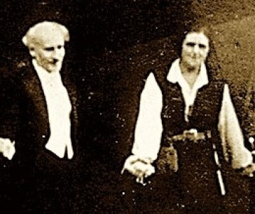 Fidelio bowing with Toscanini