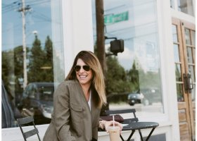 fall-boots-and-jeans-please-thank-you-coffee-cookies_1430
