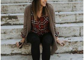 rails-plaid-buttondown-fall-outfits-lou-what-wear_1614