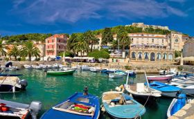 Credits, Hvar by xbrchx/can stock photo