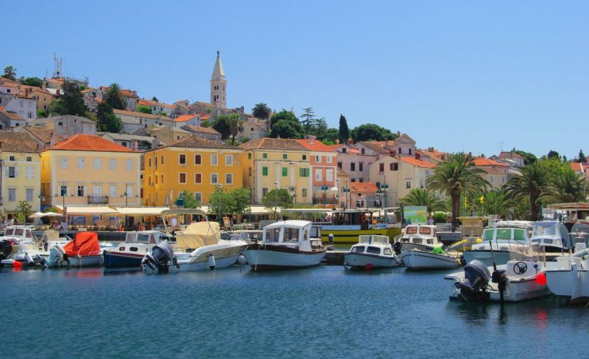 credits: Lošinj by LianeM/can stock photo