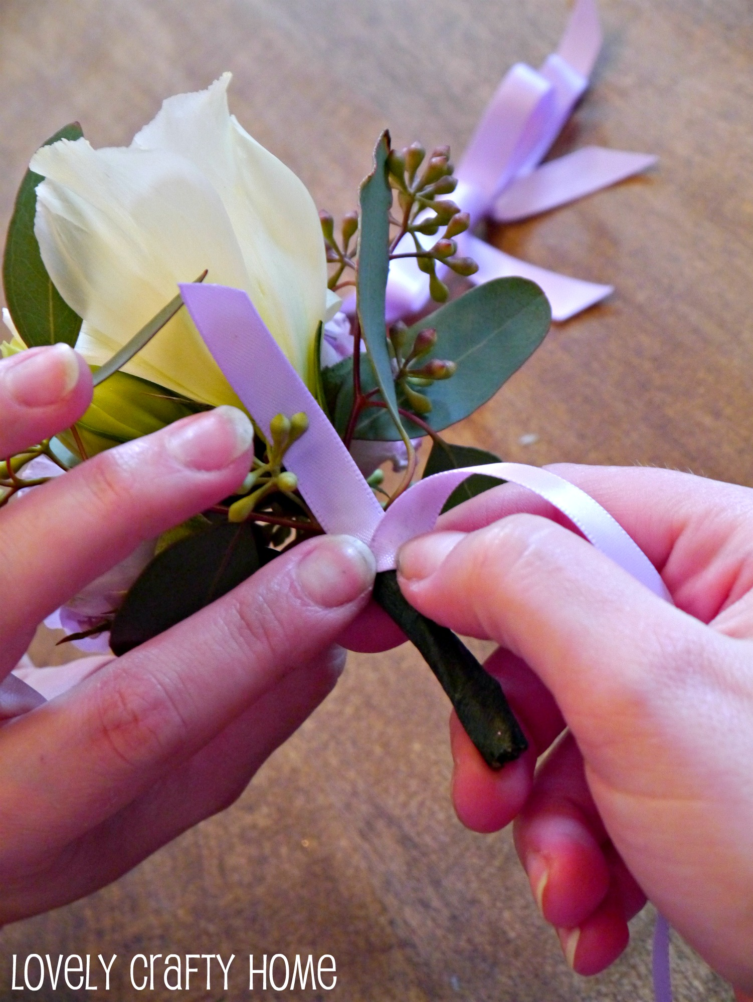 Tutorial how to make a corsage like a pro wrap solutioingenieria Image collections