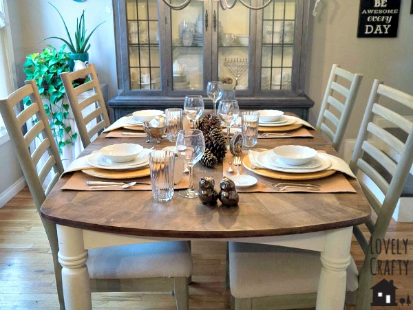 Simple Rustic Thanksgiving Table