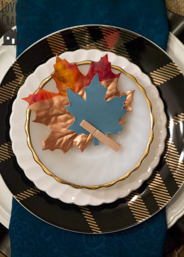 metallic-leaf-placecards