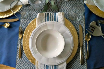Greek Dinner Place Setting
