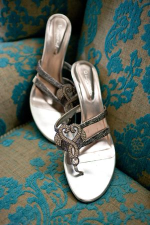 Very pretty sandles. I like them. A lot!