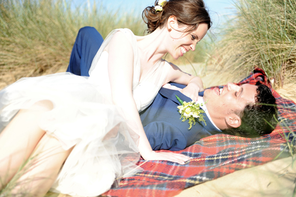 A Fun and Colourful Beachside Wedding for a 1950's Inspired Bride... (Weddings )