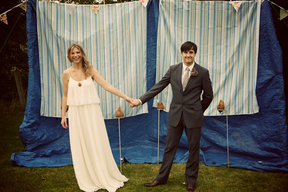 A Halston Heritage Wedding Dress for a Beautiful, Relaxed Summer Festival Style Wedding... (Weddings )