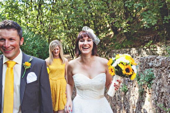 Under the Tuscan Sun - A Wedding Filled With Sunshine and Sunflowers and a Beautiful Vintage Wedding Dress... (Weddings )