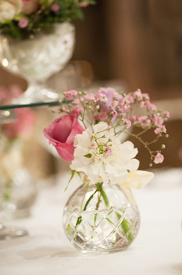 Pretty Pale Pink Roses for a Belle & Bunty Bride (Weddings )