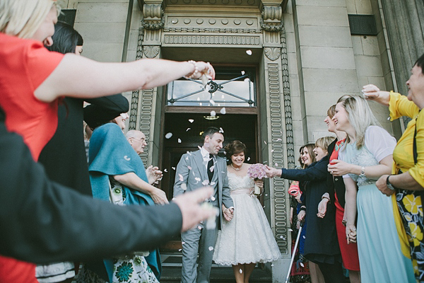 A Relaxed and Laidback East London Wedding At The Zetter Townhouse (Weddings )