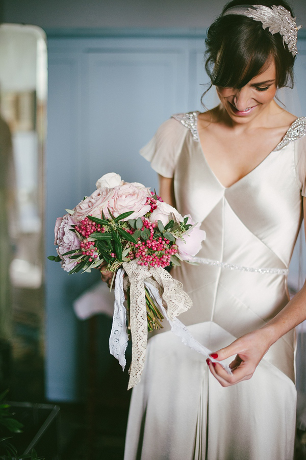 A romantic and elegant 1920s and 1930s vintage inspired for Vintage italian wedding dresses