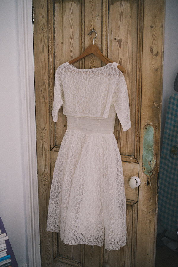Two Original Vintage Ebay Wedding Dresses For A Low Cost, Elegant And Eco Friendly London Wedding (Weddings )